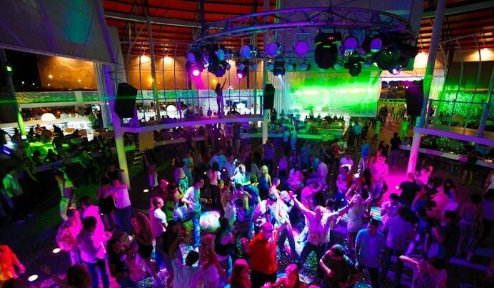 Ночной клуб атмосфера